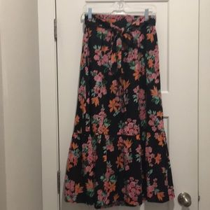 Floral Maxi Skirt, size-2P, Lined , Ties on Front